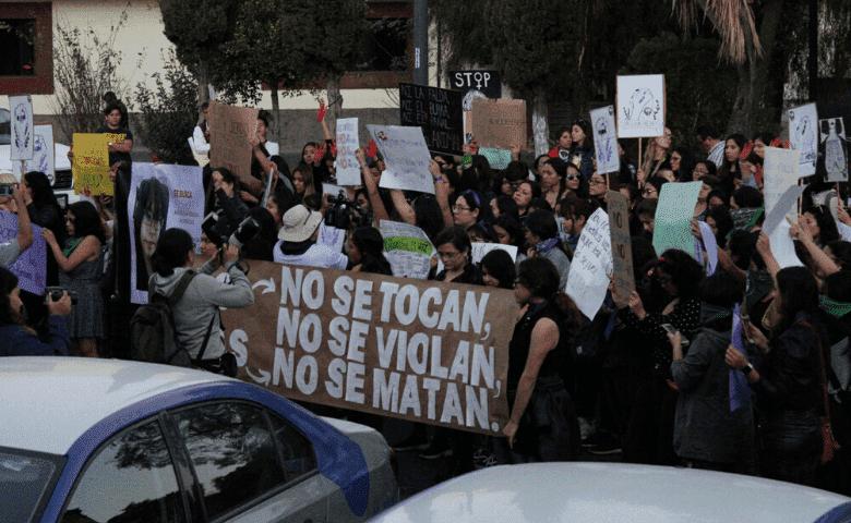 Feministas de Puebla exigen justicia por feminicidios infantiles
