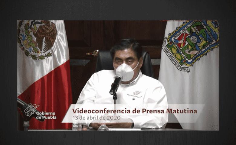 Gobierno de Puebla discrimina a personas sordas en mensajes sobre COVID-19