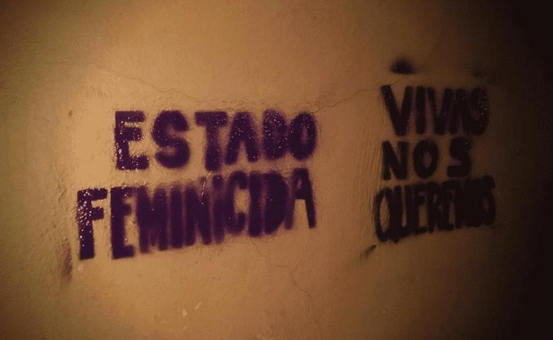 Feministas realizan pintas como protesta contra feminicidios