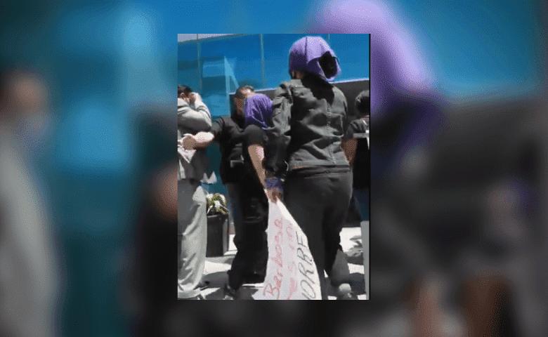 Personal de la Fiscalía agrede a mujeres que protestaban contra violencia de género