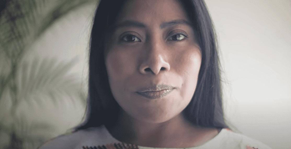 Yalitza Aparicio se estrena como Youtuber