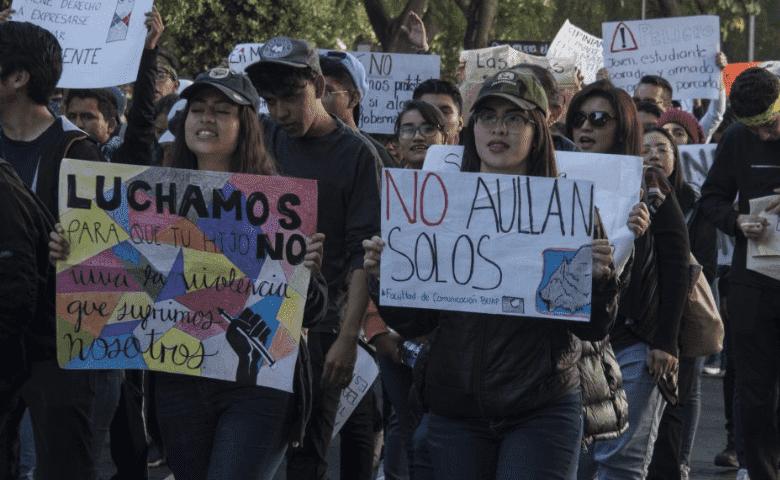 Profesores de la BUAP, principales responsables de agresiones a alumnos, según encuesta
