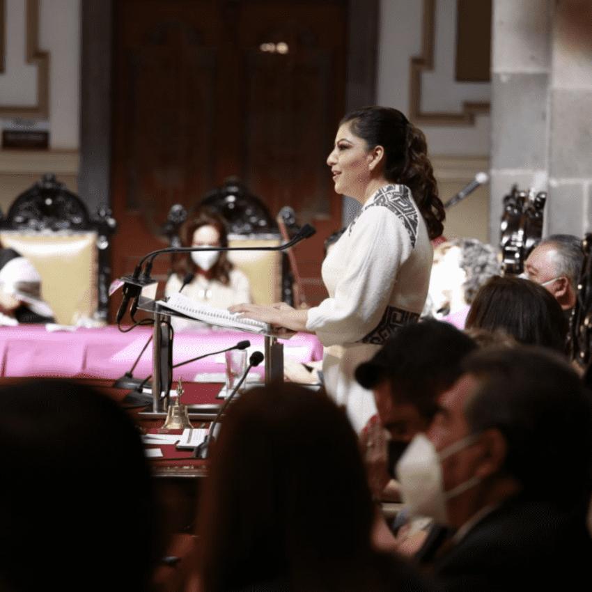 Ofrece Claudia Rivera coordinación con gobierno estatal, sin subordinación