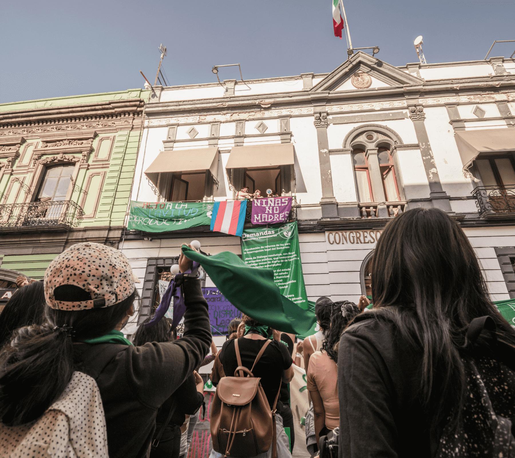 Toma Congreso Puebla