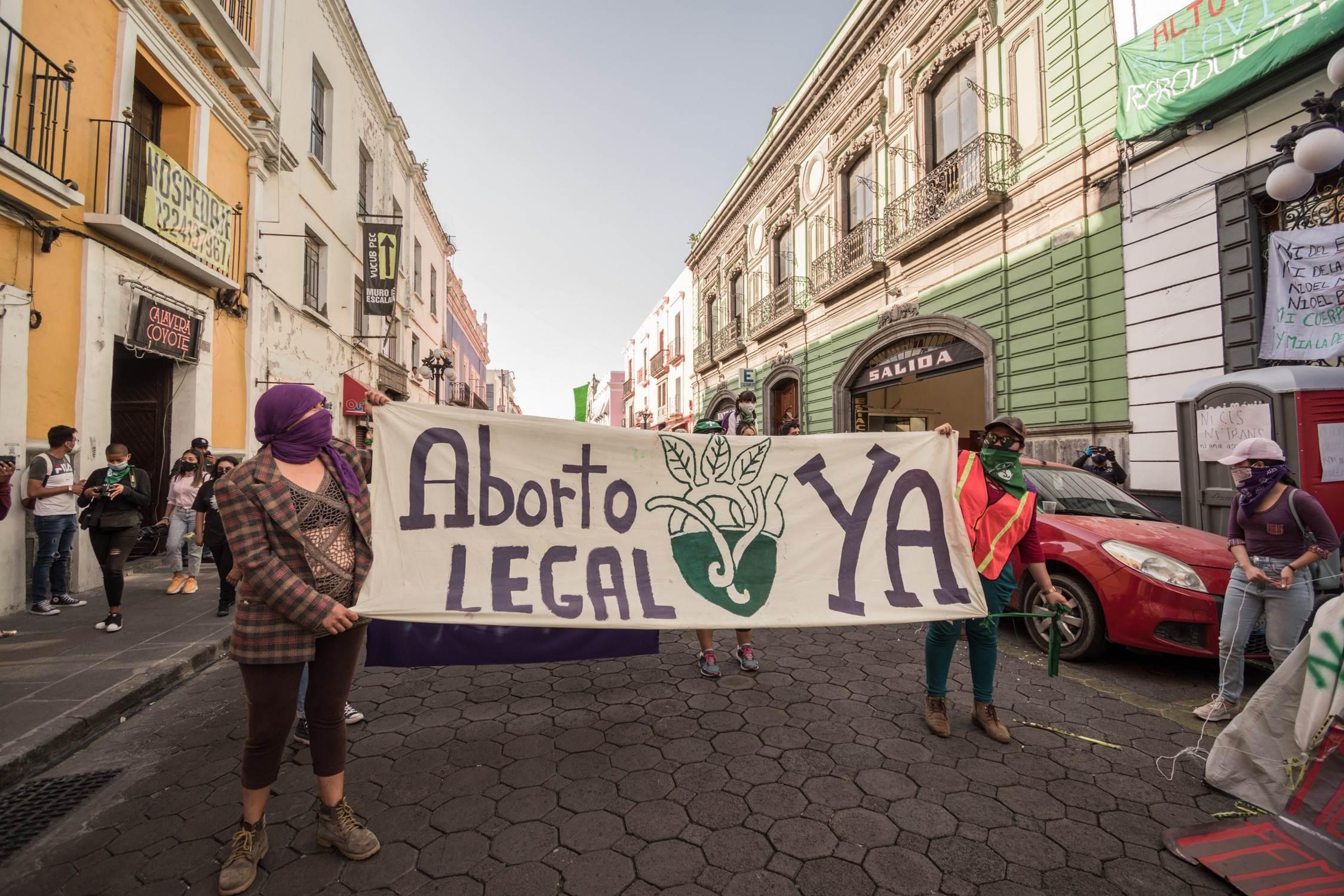 Toma-simbólica-congreso-aborto-7