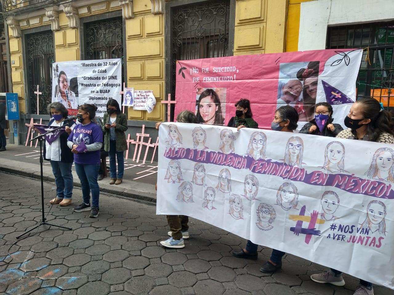 Familiares de víctimas de feminicidio denunciaron que la Fiscalía de Puebla obstaculiza o retarda las investigaciones sobre los crímenes.