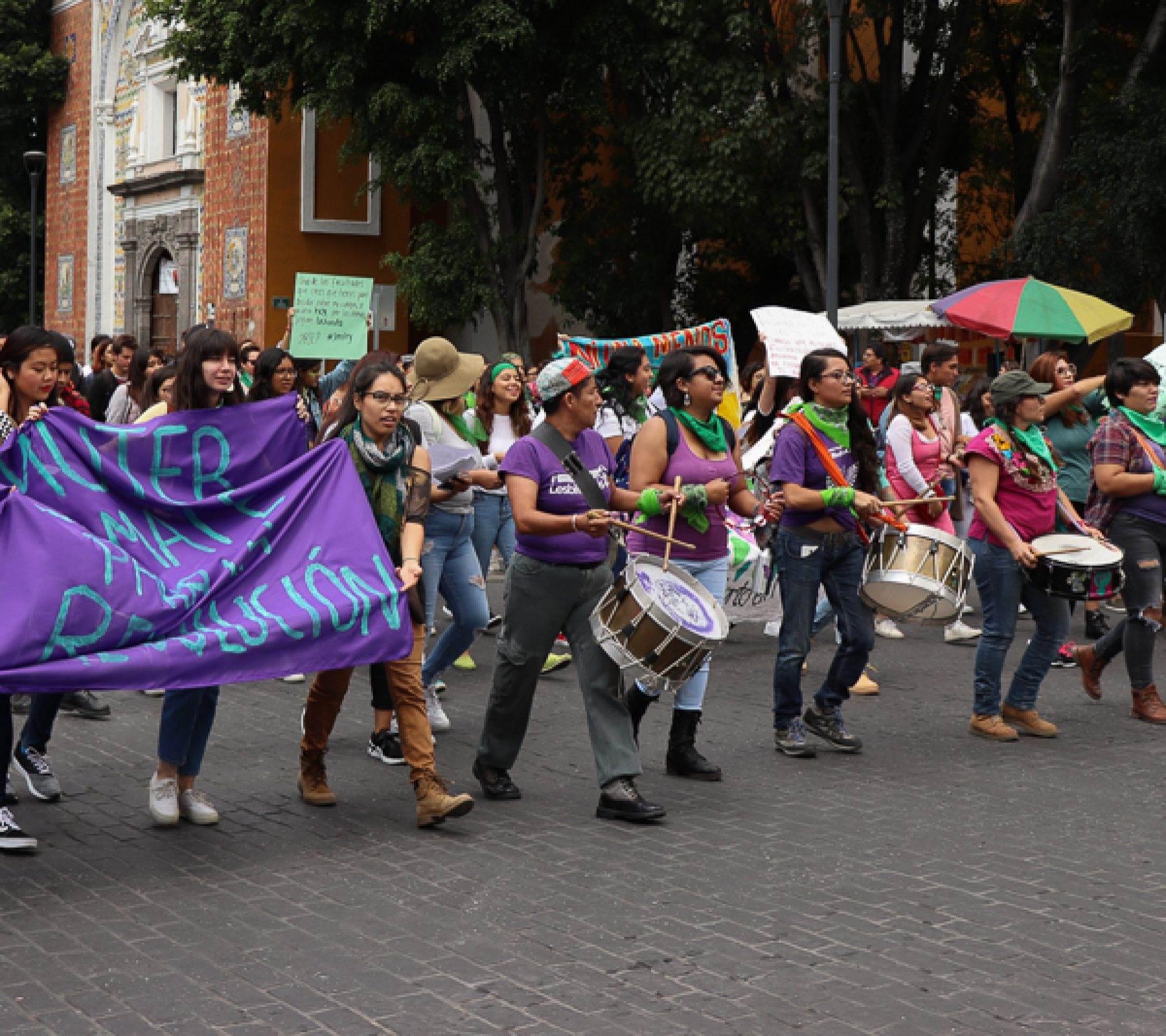 La Batucada Lencha Manas, en una protesta realizada el 28 de agosto de 2018, Día de Acción Global por la Despenalización del Aborto. Fotografía: Brenda Palacios.