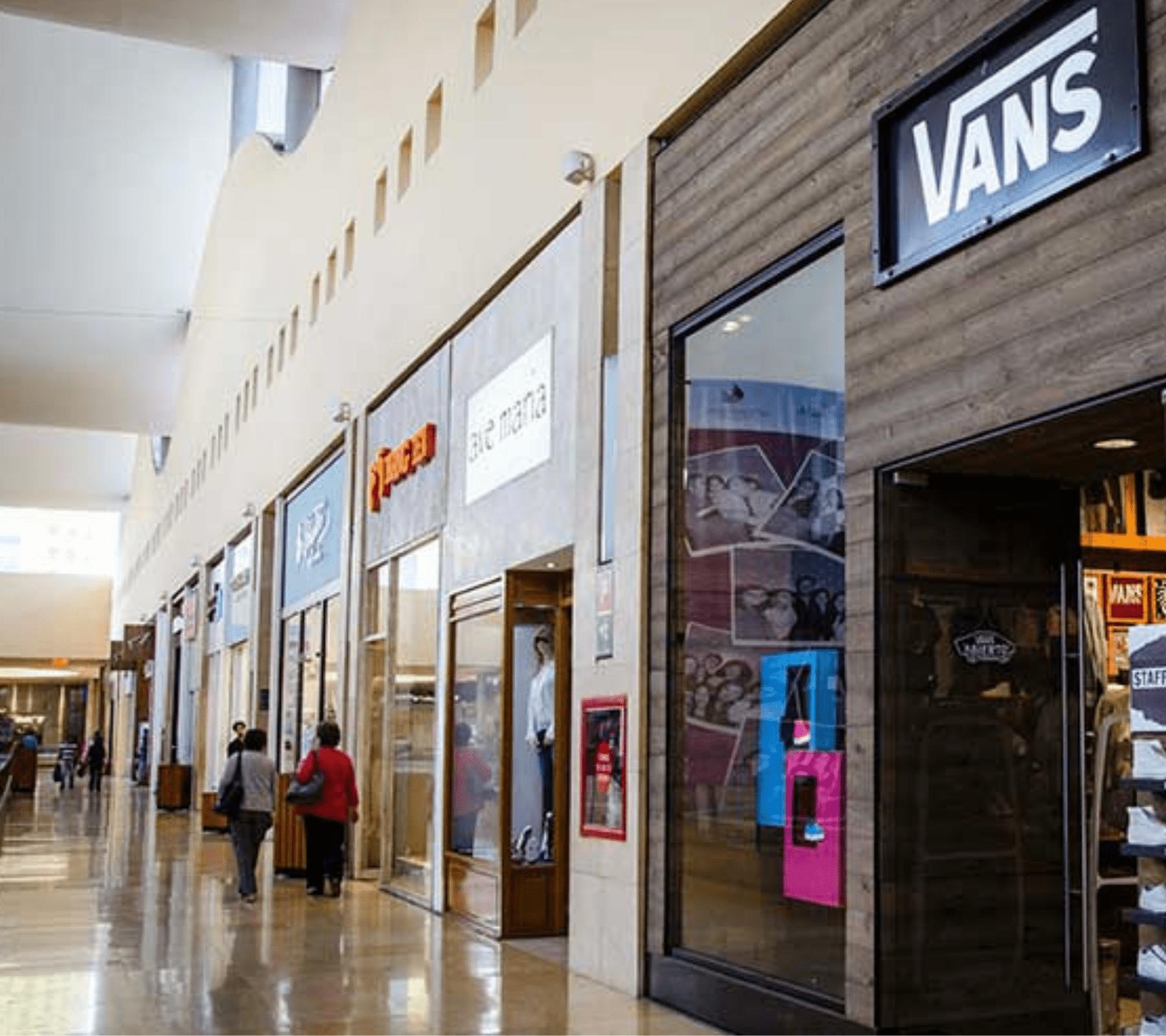 Plaza comercial de Puebla operando al 20 por ciento