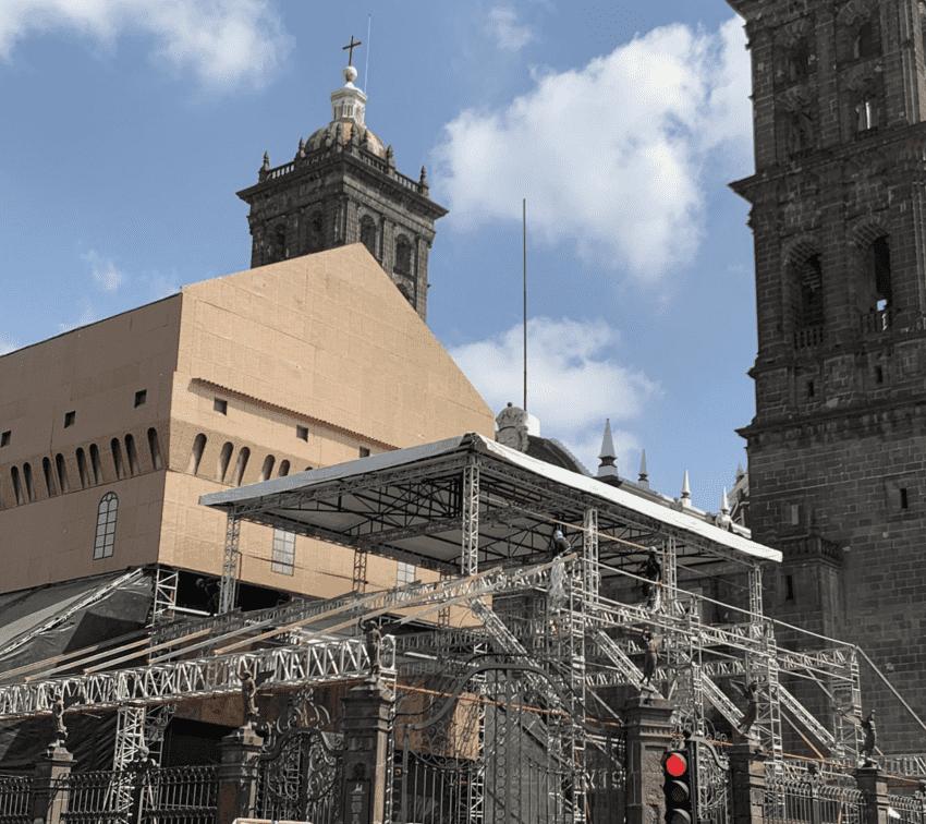 Reconocen daños por réplica de Capilla Sixtina, pero ocultan dictamen