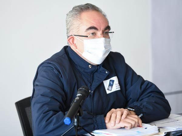 El secretario de salud informa sobre la cantidad de maestros de Puebla que han fallecido en la entidad.
