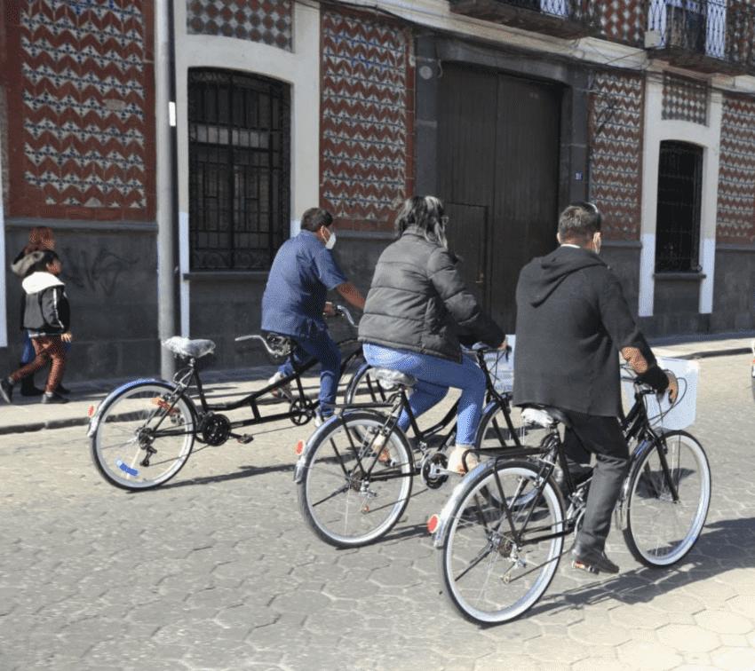 Dan bicicletas a hoteles de Puebla para que turistas recorran la ciudad
