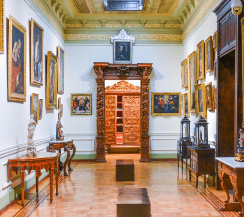 Denuncian saqueo y falsificación de obras de museos en Puebla
