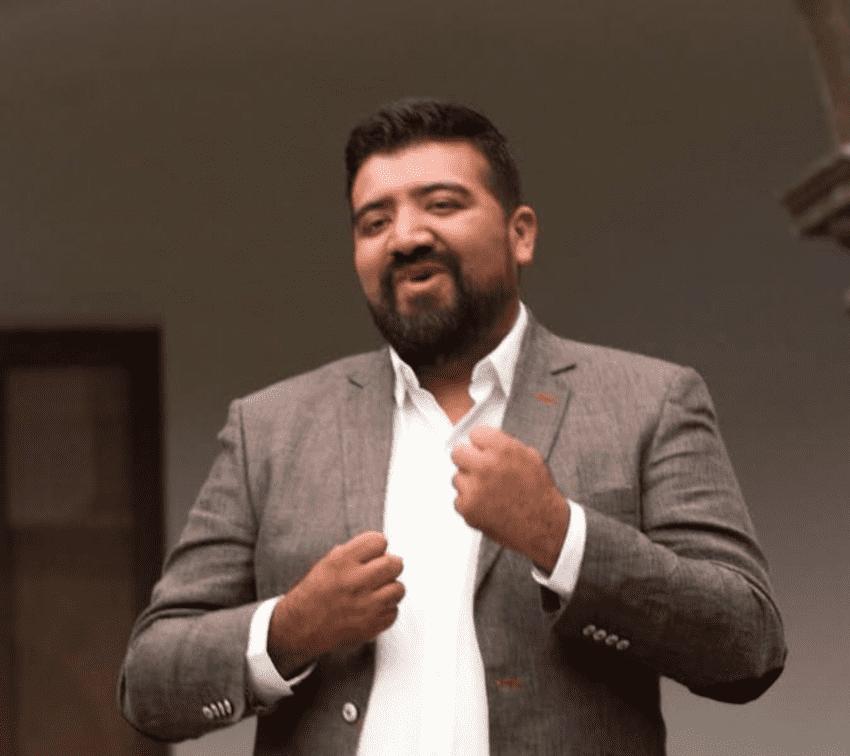 Busca Edgar Luna ser el primer diputado sordo de Puebla