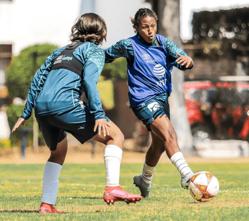 Invitan a charla con mujeres futbolistas del Club Puebla