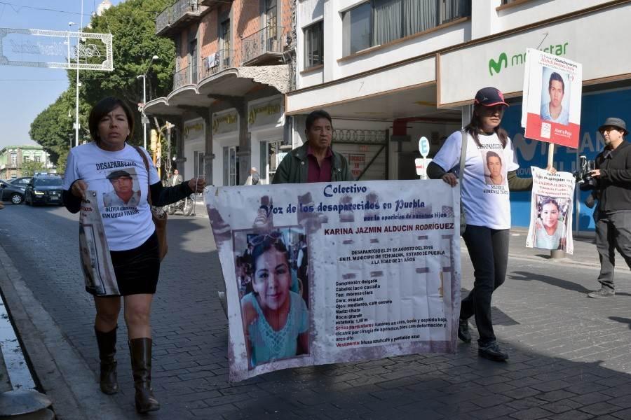 Familias de mujeres desaparecidas en Tehuacán marchan en la ciudad de Puebla