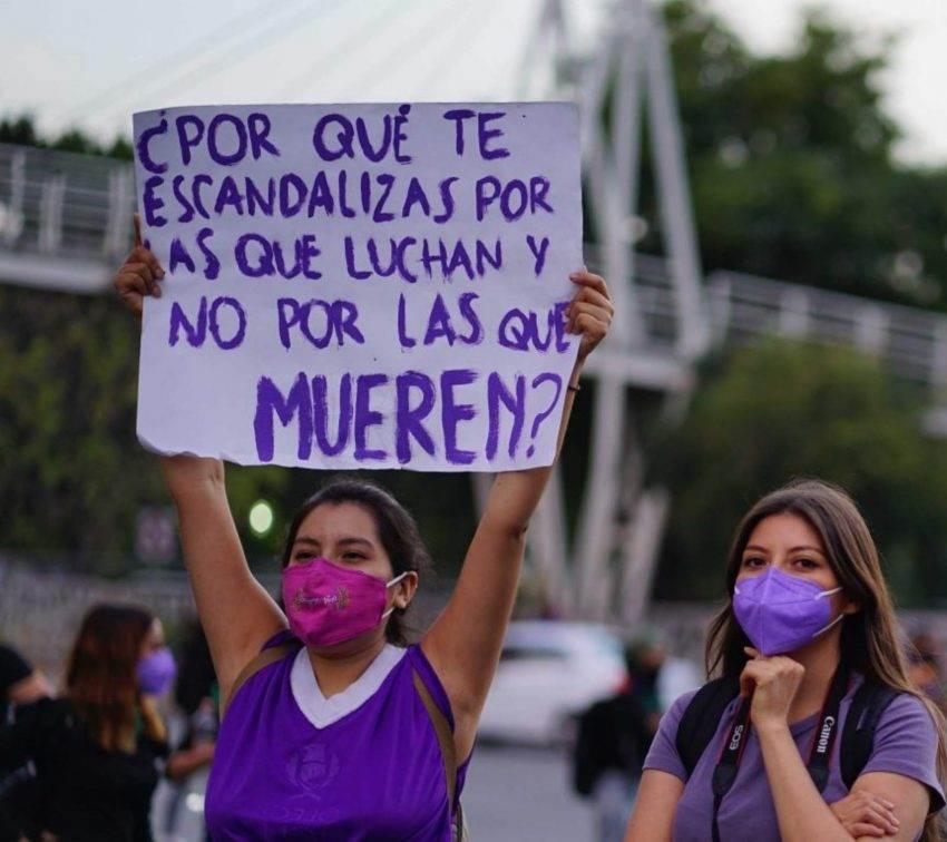 Medios en Puebla no abordan el feminicidio como un problema social