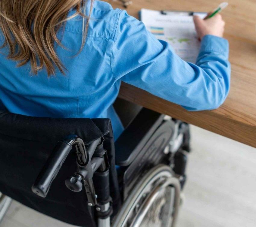 Mujeres con discapacidad enfrentan discriminación desde los medios