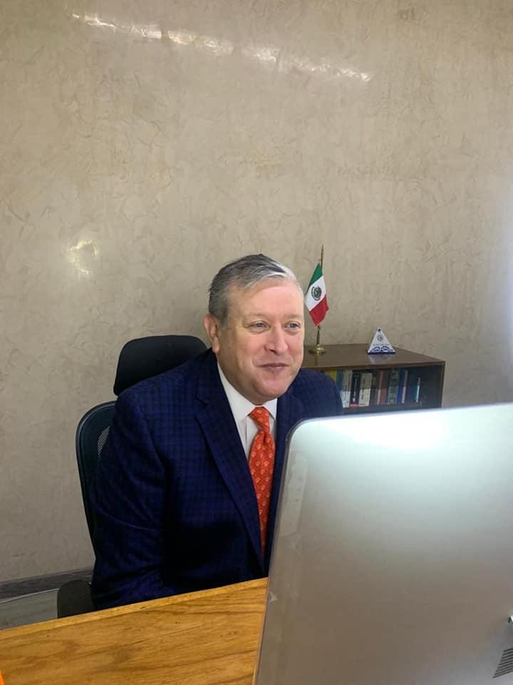 Fotografía del candidato José Bailleres.