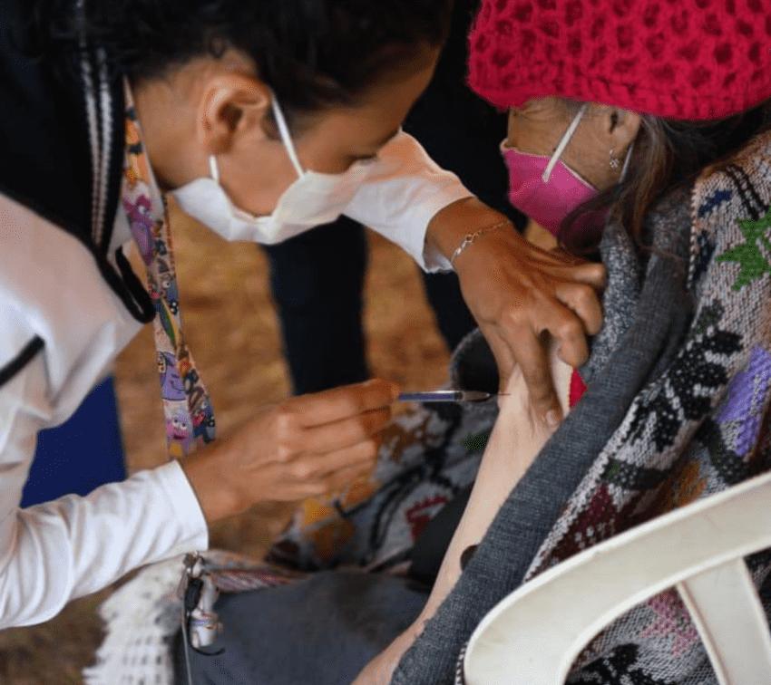 Brigada Correcaminos anuncia segunda dosis de vacunas en Puebla capital