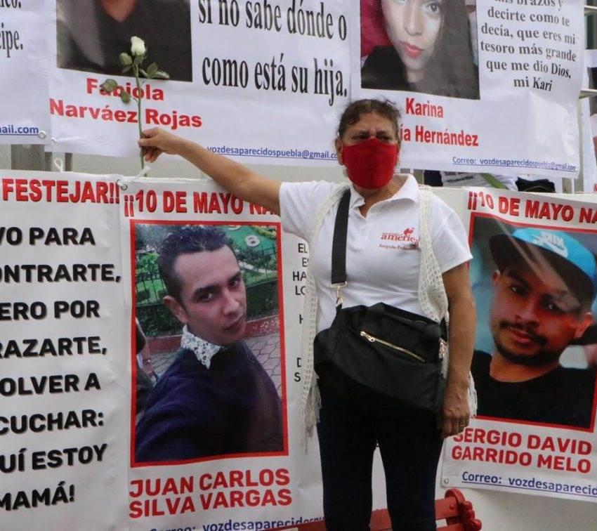 Familiares de víctimas de desaparición presentan amparos por omisión del Congreso de Puebla