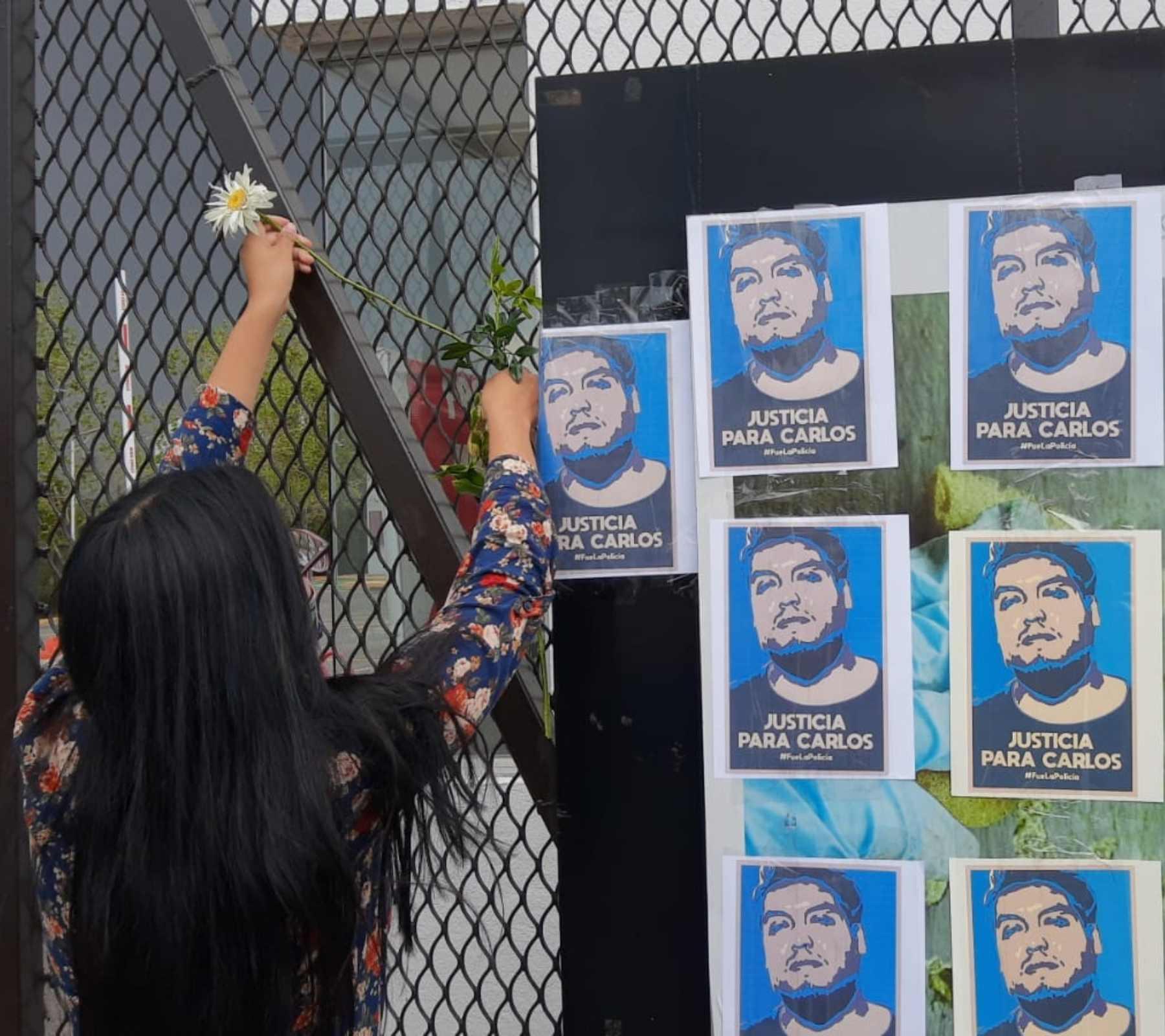 Ex compañeros y familiares de Carlos Portillo, muerto a manos de la policía municipal de Xoxtla, han realizado varias protestas para exigir que se esclarezca el caso. Fotografía: Jaime Carrera