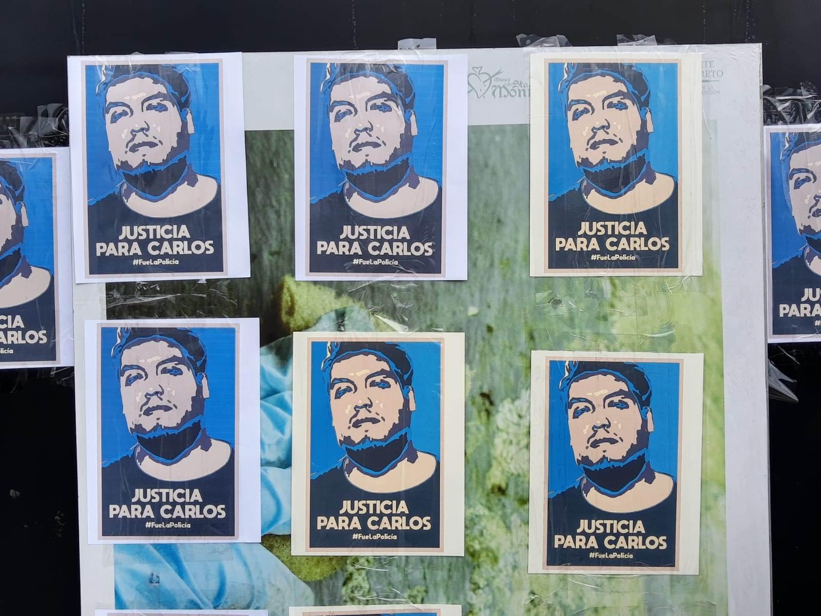 La muerte de Carlos Portillo ha despertado indignación entre la comunidad universitaria, que ha señalado a la policía como responsable del deceso del joven artista. Fotografía: Jaime Carrera