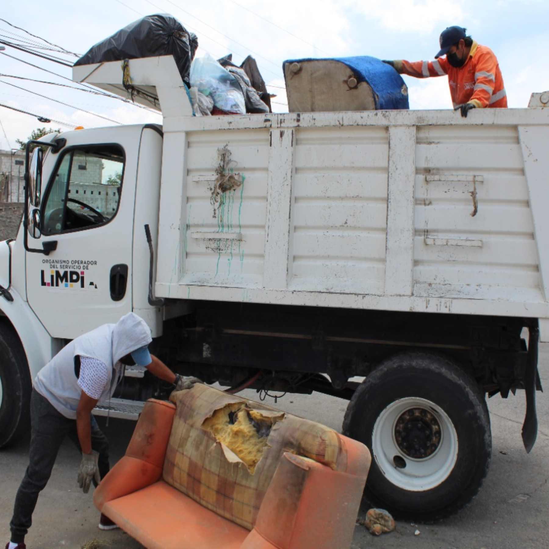 Ayuntamiento de Puebla continúa con limpieza preventiva de ríos