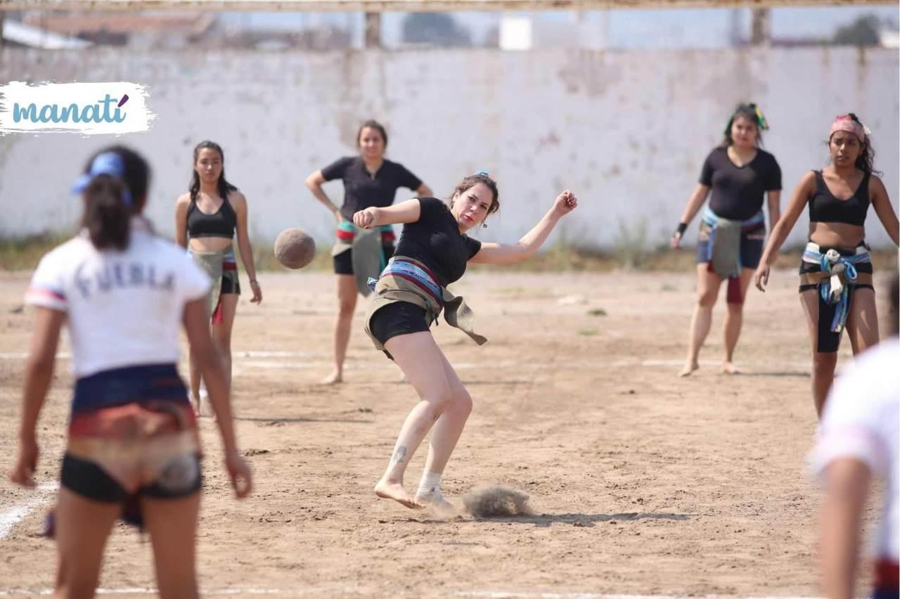 En los torneos de ulama de cadera hay ramas varonil y femenil, e incluso infantil; se realizan torneos del juego de pelota en distintos estados del país. Fotografía: Agencia Es Imagen