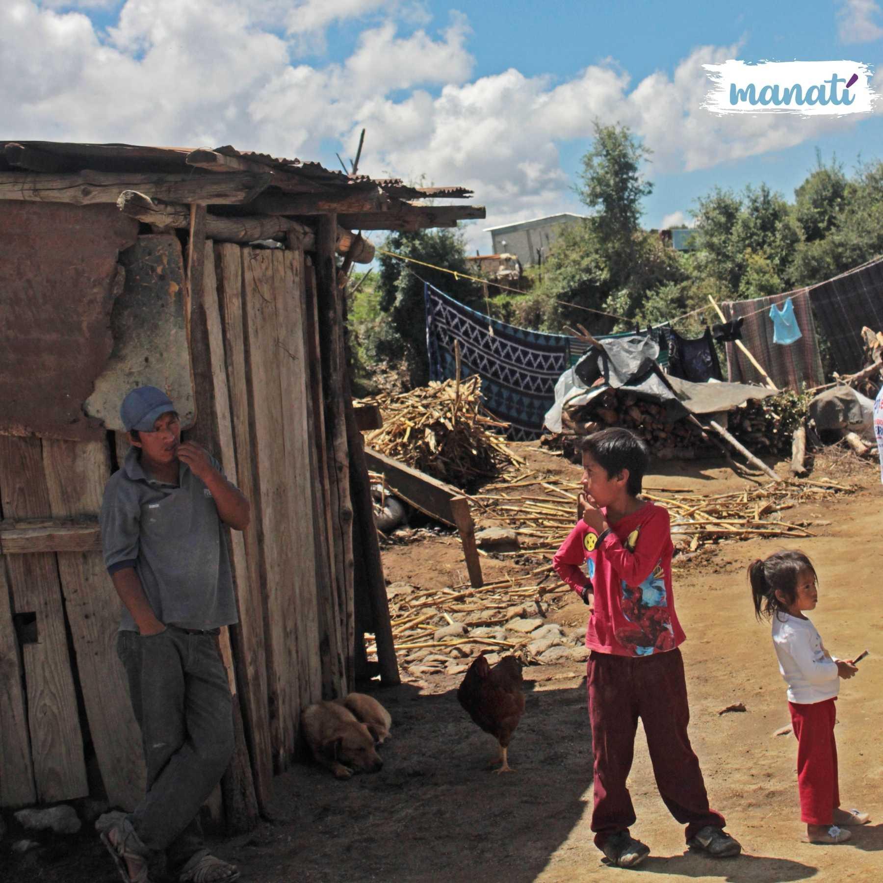 La calidad de la vivienda, el acceso a la canasta básica, los servicios de salud y seguridad social, son algunos de los indicadores para evaluar la pobreza y pobreza extrema en Puebla y México. Fotografía: Tania Olmedo |  Agencia Es Imagen