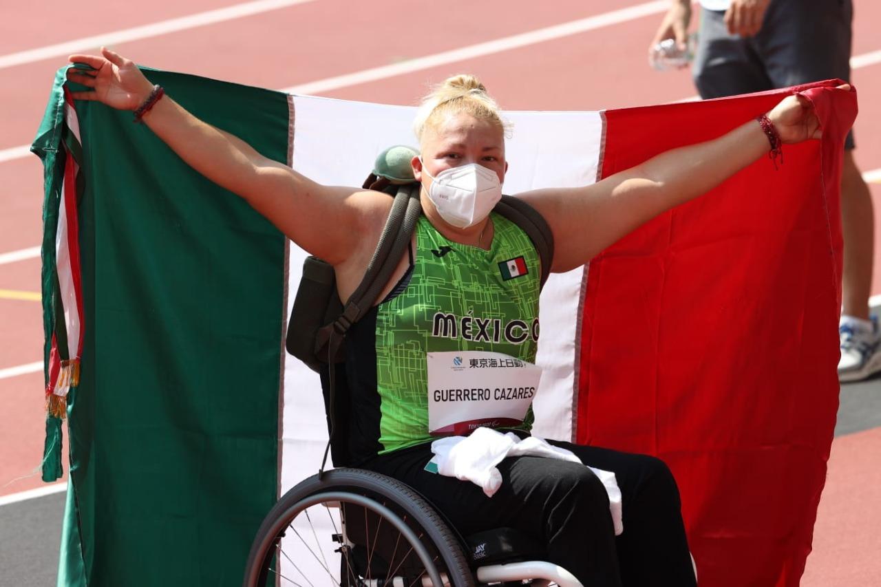 Rosa María Guerrero obtuvo el bronce para México en los Juegos Paralímpicos 2020. Fotografía: CONADE
