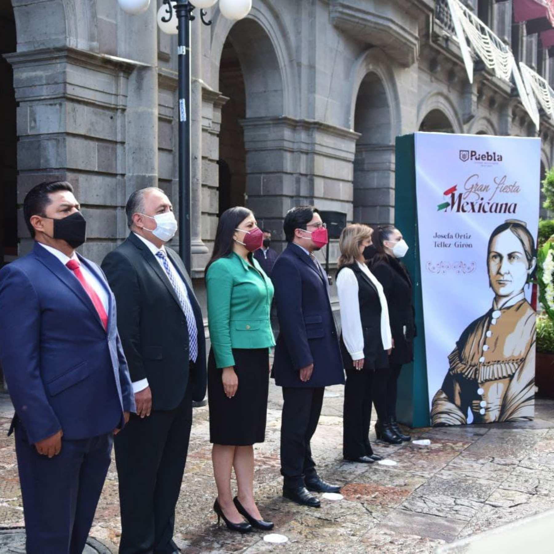 Conmemoran natalicio de Josefa Ortiz Téllez Girón